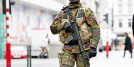 Elke dag drie militairen minder
