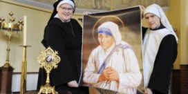 Lok haar van Moeder Teresa lokt volk naar Halle