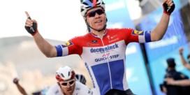 Fabio Jakobsen klopt Groenewegen in slotrit Valencia, Tadej Pogacar eindwinnaar
