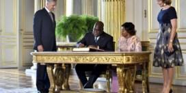De koning blijft beter nog even weg uit Congo