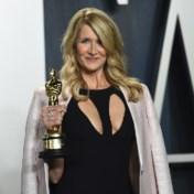 Laura Dern haalt jurk na twintig jaar opnieuw uit de kast
