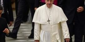 Paus wil geen versoepeling celibaat of vrouwen met kerkelijke macht