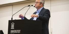 Een expertenregering? 'Geen groot ontzag voor experts in Wetstraat'