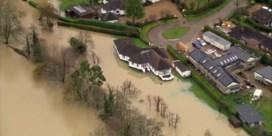 Overstromingen in Verenigd Koninkrijk na storm Dennis