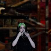 Artiesten steunen elkaar tegen internettrollen