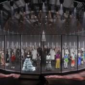 Gucci neemt publiek mee achter de schermen van een defilé