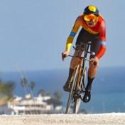 Dylan Teuns verrast in Ruta del Sol en troeft Fuglsang af in afsluitende tijdrit