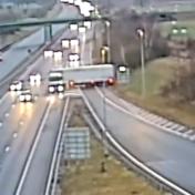 Levensgevaarlijk manoeuvre levert vrachtwagenchauffeur zes maanden cel op