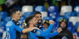 Record Mertens helpt Napoli aan gelijkspel tegen Barcelona