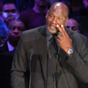 Beyoncé en Michael Jordan brengen emotioneel eerbetoon aan Kobe Bryant