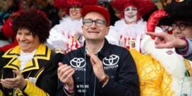 Wat motiveerde Ben Weyts toen hij als Toyota-garagist op Aalst Carnaval opdaagde?