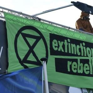 Klimaatactivisten Extinction Rebellion voeren actie op terreinen Eurocontrol