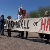 Trump blaast heilige begraafplaats van Native Indians op voor grensmuur