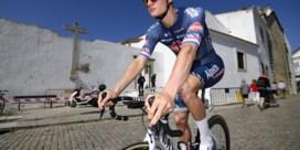 Mathieu van der Poel past voor de Omloop wegens ziekte