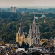 Brusselse regering legt Kerk aan banden