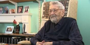 Brit (111) wordt oudste man op de wereld