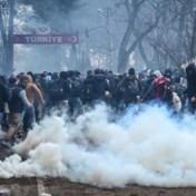 Griekse politie gebruikt traangas tegen migranten die grens willen oversteken