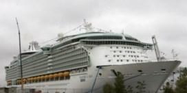 Grootvader die peuter liet vallen van cruiseschip, pleit schuldig
