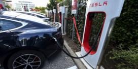 Tesla opladen tijdens vakantieweekend? Enkele uren geduld, alstublieft