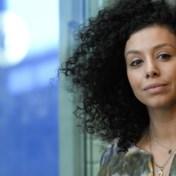 Sihame El Kaouakibi klaagt seksisme en racisme aan: 'Minder zwijgen, meer opkomen voor elkaar'