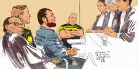Wanneer de terrorist zijn terreur doorzet in de rechtbank