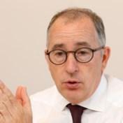 Regering stelt benoeming ceo Dexia uit