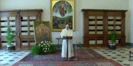 Paus houdt zondaggebed niet op Sint-Pietersplein