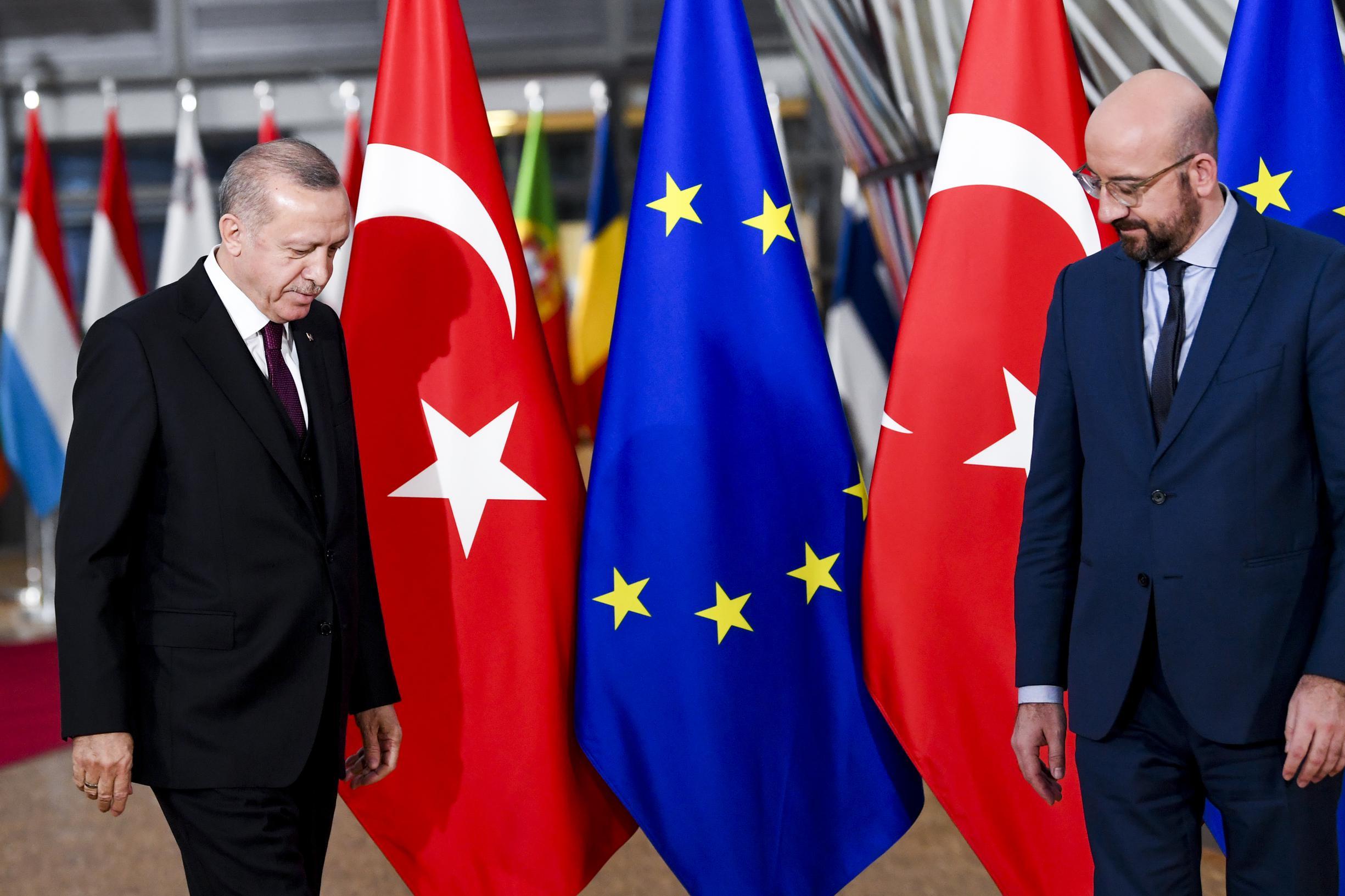 Ontmoeting Michel-Erdogan levert geen doorbraak op - De Standaard Mobile