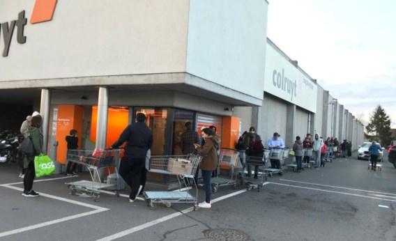 Er wordt gehamsterd: supermarkten zien verkoop tot 30 procent stijgen