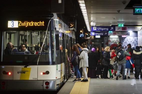 Minister Peeters: 'We kunnen openbaar vervoer niet lamleggen'