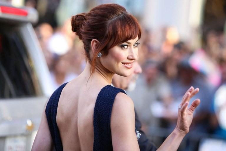 Tom Hanks verlaat ziekenhuis, ook Idris Elba en Olga Koerylenko besmet