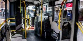 De Lijn beperkt aantal reizigers, belbussen afgeschaft