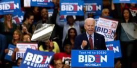Joe Biden wint en kan nominatie haast niet meer ontgaan