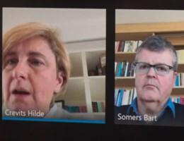 Crevits en Somers wonen persconferentie bij via scherm, maar dat loopt niet zo vlot
