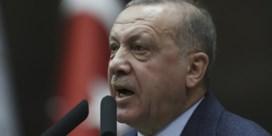 Erdogan krabbelt terug, Turks-Griekse grens weer op slot
