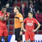 Standard laat met tien man punten liggen tegen STVV