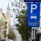 Antwerpen en Gent stoppen tijdelijk met betalend parkeren
