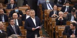 Hongaarse oppositie vreest dat Orban 'koninkrijk' gaat installeren