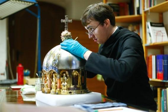Dom van Aken onthult Sint-Corona: patroonheilige van het doorstaan van epidemieën