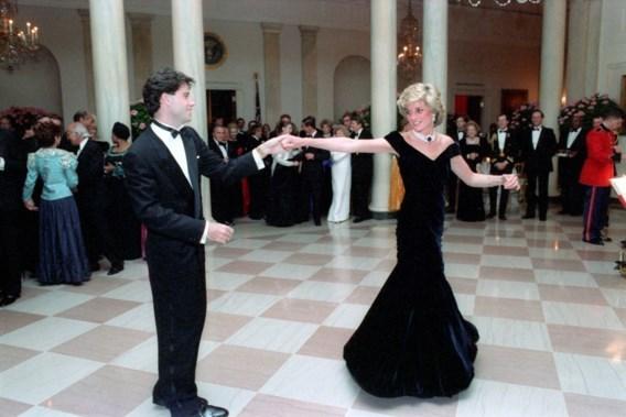 Iconische jurk van prinses Diana verdwijnt in vriezer