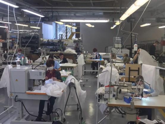 Armani maakt medische kleding voor Italiaans zorgpersoneel
