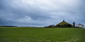 Politie treedt op: bergbeklimmer in Waterloo, spuwer in Mortsel