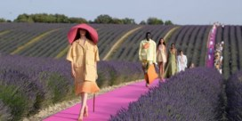 Franse modeschool biedt gratis les aan