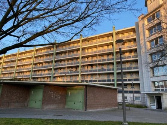 Man dood teruggevonden op straat na brand in zijn appartement in Antwerpen