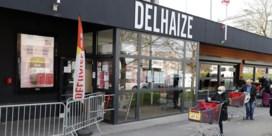 Delhaize geeft hogere premies en maskers, Albert Heijn 'gaat in het rood'