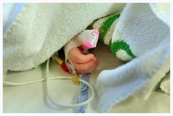 Kinderartsen: 'Consulteer arts als kind ziek is'