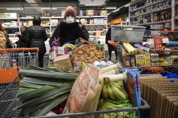 Corona in onze winkelkar: 'Voedingsindustrie moet prioriteit krijgen'