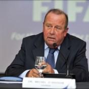 """Michel D'Hooghe, zelf lid van FIFA, is snoeihard voor UEFA na dreigement: """"Gezondheid moet boven alles staan"""""""