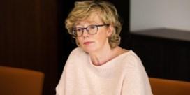 Burgemeester van Sint-Truiden maakt dagboek voor man die in coma ligt door corona