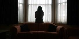 Zeventig procent meer oproepen over geweld tijdens coronacrisis